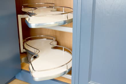 Intelligent Kitchen Storage Solutions: country Kitchen by NAKED Kitchens