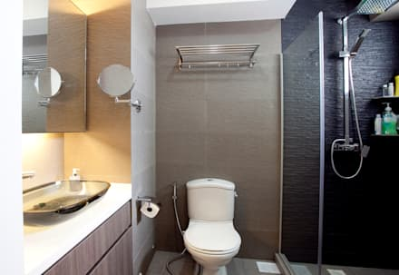 BTO Bukit Panjang: modern Bathroom by VOILÀ Pte Ltd