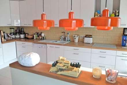 Appartement contemporain - 75010: Salle à manger de style de style Moderne par Espaces à Rêver