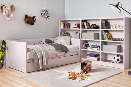 Habitación infantil (chico o chica): Dormitorios infantiles de estilo moderno de Sofás Camas Cruces