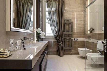 NG-STUDIO di San Remo : Bagno in stile in stile classico di ArchitPhoto