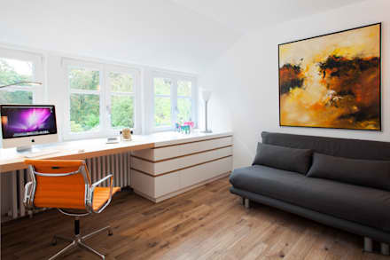 Einfamilienhaus : moderne Arbeitszimmer von schulz.rooms