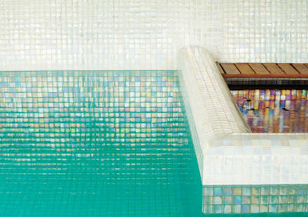 Palmaria and Pantelleria : minimalistic Pool by The Mosaic Company