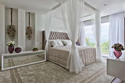 ห้องนอน by Samara Barbosa Arquitetura