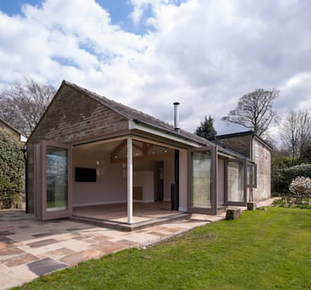 the garden cottage modern houses by fraher architects ltd