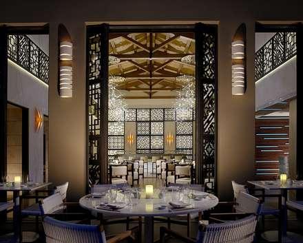 Inbi sushi restaurant:  Hotels by MKV Design