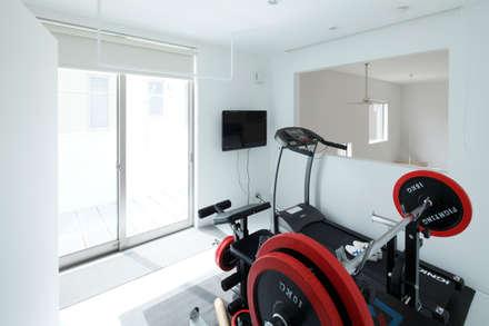 modern Gym by Kichi Architectural Design