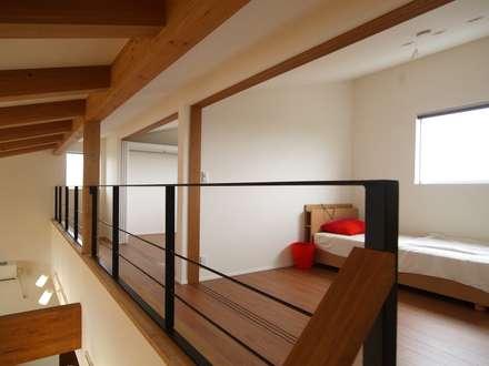 子供室: ai建築アトリエが手掛けた子供部屋です。