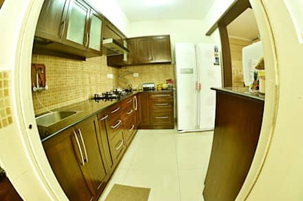 Apartment In Bangalore: Asian Kitchen By Creative Axis Interiors Pvt. Ltd.