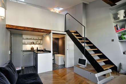 Vue d'ensemble: Couloir et hall d'entrée de style  par Marion Rocher