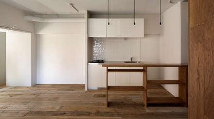 西葛西の住居: 蘆田暢人建築設計事務所 Ashida Architect & Associatesが手掛けたダイニングです。