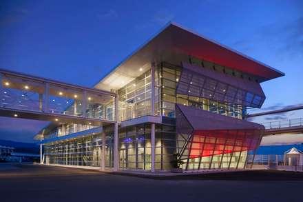 Secondo Terminal Crociere - Palacrociere   Savona: Aeroporti in stile  di Studio Vicini Architetti