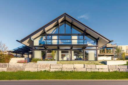 Huf Haus Art 5: moderne Häuser von HUF HAUS GmbH u. Co. KG