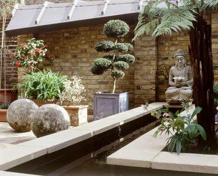 Well Walk: asian Garden by KSR Architects