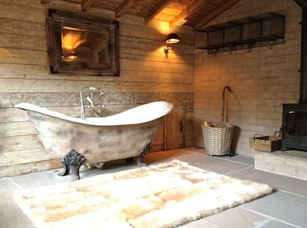 Fletcher's Cottage Bathroom: rustic Spa by Aitken Turnbull Architects