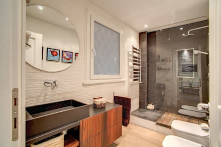 BALDUINA: Bagno in stile in stile Moderno di MOB ARCHITECTS