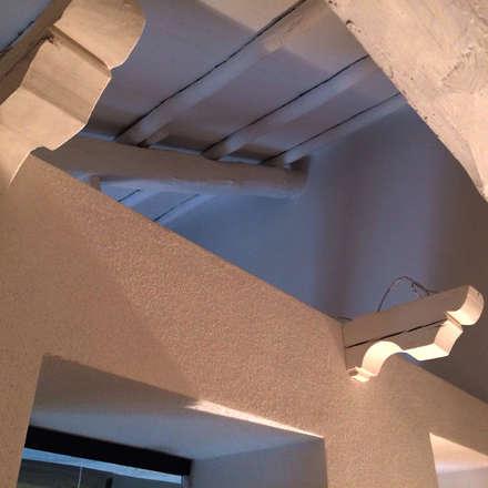 mariella's hause: Giardino d'inverno in stile in stile Rustico di Walter Emanuele Angelico, architetto