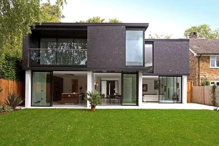 Brixham House: modern Houses by Nicolas Tye Architects