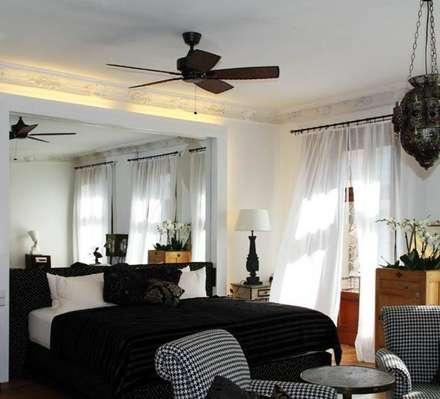 4*Hotel Ackselhaus, Berlin, Deutschland: koloniale Schlafzimmer von Casa Bruno - the way to feel good