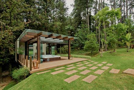 Spa de estilo rústico por Espaço do Traço arquitetura