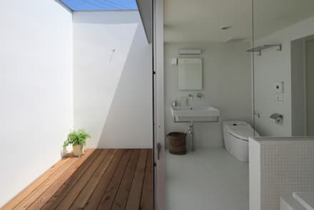 scandinavian Bathroom by 松原建築計画 / Matsubara Architect Design Office