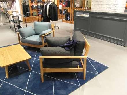 "COEX Mall Premium Brand "" R A U M "" 빈크리트 시공 : 빈flow의  다이닝 룸"