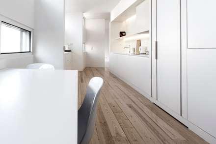 appart: Cucina in stile in stile Minimalista di stefano riva architetto