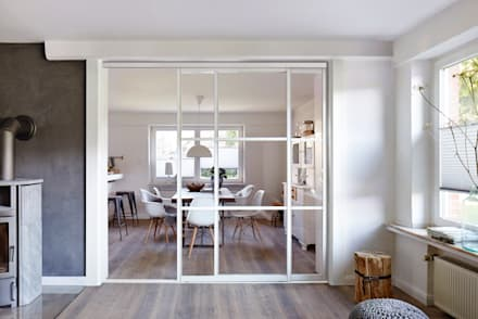 Raumteiler Küche Wohnzimmer: Skandinavische Küche Von Elfa Deutschland GmbH