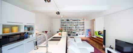 Discovery Bay Flat, HK: modern Living room by atelier blur / georges hung architecte d.p.l.g.