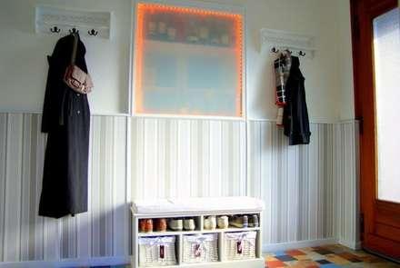 Eingangsbereich Neu:  Flur & Diele von wohnausstatter