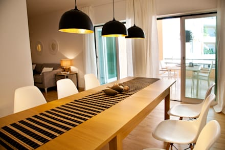 dining room: Salas de jantar modernas por Home Staging Factory