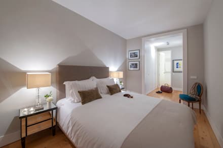 classic Bedroom by Home Staging Factory