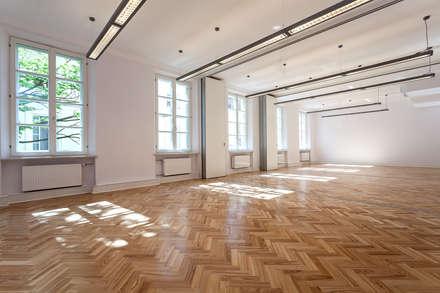 Portfolio: modern Gym by TFS Flooring