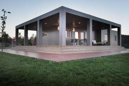 Exterior casa de Madera Natura Blu 195: Casas de estilo moderno de Casas Natura
