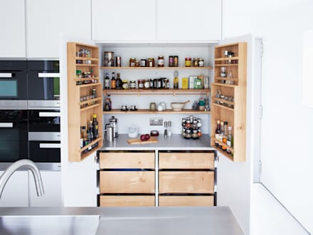 Bespoke Minimalist Kitchen By Luxmoore & Co: minimalistic Kitchen by Luxmoore & Co