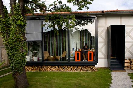 maisons scandinaves id es inspiration homify. Black Bedroom Furniture Sets. Home Design Ideas