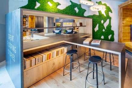 Hakwood Studio retail (studio shop):  Offices & stores by Hakwood | Great Flooring Stories