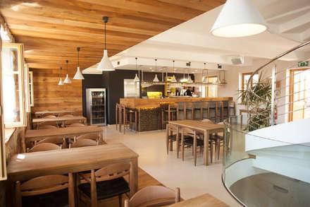 birreria Pivohram Golar in Slovenia : Bar & Club in stile  di Rizzi