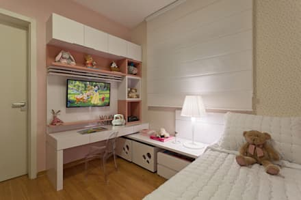 modern Nursery/kid's room by LEDS Arquitetura