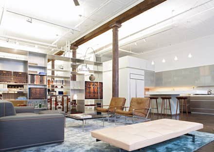Greene Street Loft: industrial Living room by Slade Architecture