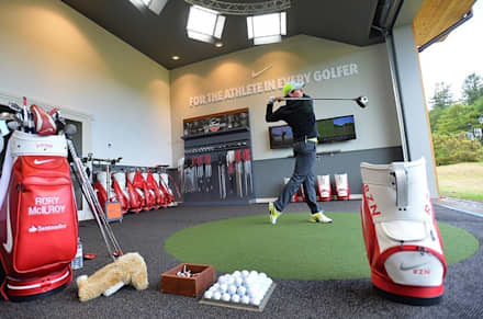 Nike Performance Fitting Centre Interior:  Event venues by Aitken Turnbull Architects
