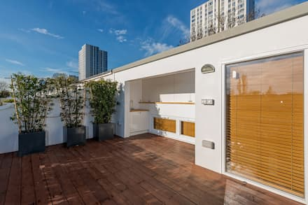 Roof terrace by AR Architecture