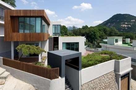 풍경재: Teamsmart 이호중의  주택