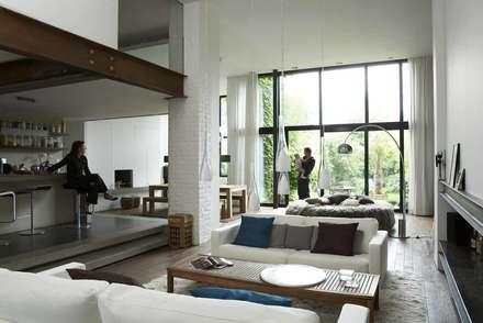 renovation haut de gamme à roubaix: Salon de style de style Minimaliste par vr-architecture