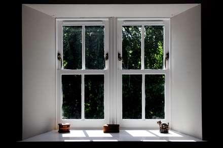 Old School House, Glen Dye, Banchory, Aberdeenshire:  Windows  by Roundhouse Architecture Ltd