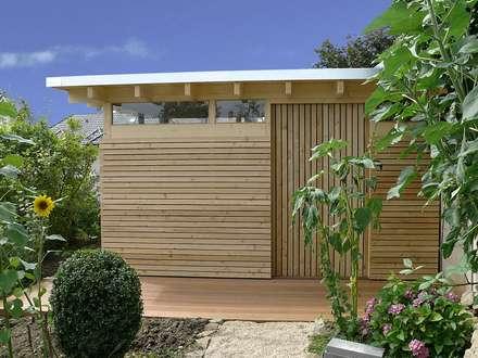 Design Gartenhaus Classic: moderner Garten von Gartenhauptdarsteller