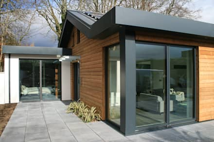 Schoolmasters: modern Houses by build different