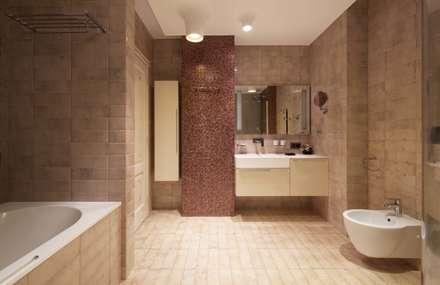 квартира с собачкой: Ванные комнаты в . Автор - Ожогин Сергей