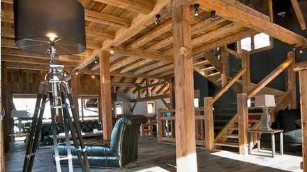 Chalet de Claude: salon: Salon de style de stile Rural par shep&kyles design