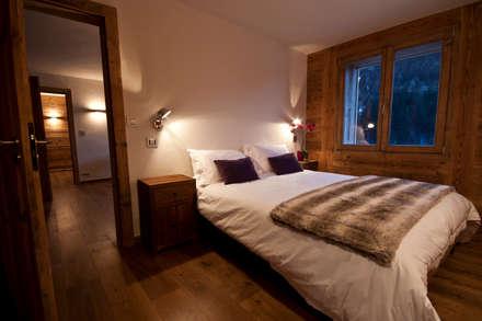 Chalet Les Chantéls: chambre 5: Chambre de style de stile Rural par shep&kyles design